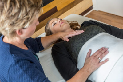 Mavesmerter, fordøjelses problemer? Få styr på det med Biodynamisk Kranio-Sakral Terapi. Kontakt terapeut Lis Hauge, 40199714
