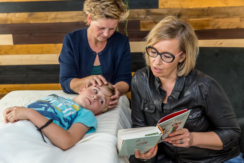 Hvordan foregår en behandling på børn fra ca. 1 år til teenager. Få svar på spørgsmål her. Prøv Biodynamisk Kranio-Sakral Terapi v/Lis Hauge