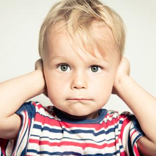 """""""Øreproblemer - Ørebarn - mit barn har altid været et ørebarn!"""" Kroppen husker gamle problematikker så selvom det ikke er derfor man kommer, så støder jeg tit på gamle problemer i ørerne, som kroppen har behov for at ændre. Kroppen er vis. Nysgerrig? Ring/sms til eksamineret børne terapeut, Lis Hauge, på 40199714"""