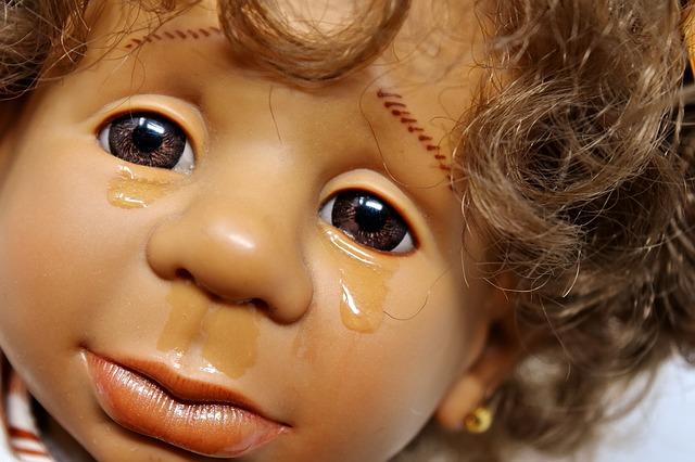 Nightterror/ Natteskræk. Dit barn skriger pludseligt om natten, ukontaktbar. Få blid behandling her: eksamineret børne terapeut, Lis Hauge.